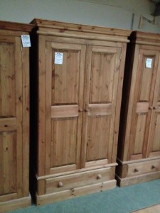 1 drawer wardrobe - £349
